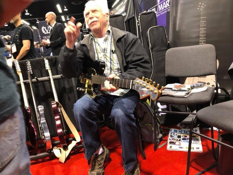 Dean Markley checking out some guitars!