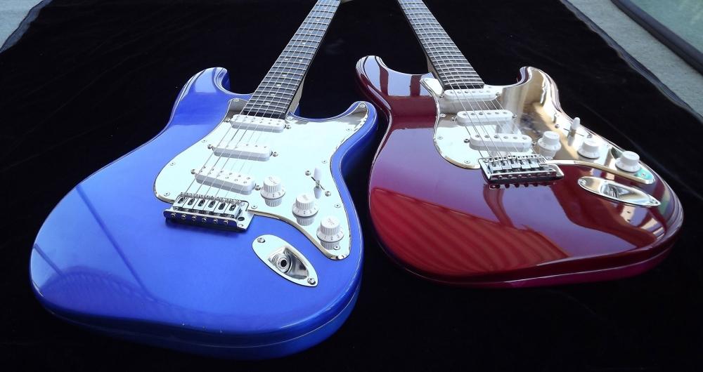 OzzTosh Lumacaster Blue & Red Guitar